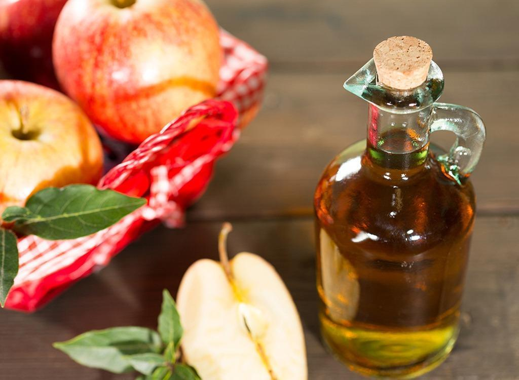 apple cider vinegar to remove cat urine