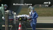 Coronavirus: à Istres, dans l'avion de la 5e mission Morphée, avant son décollage pour Mulhouse