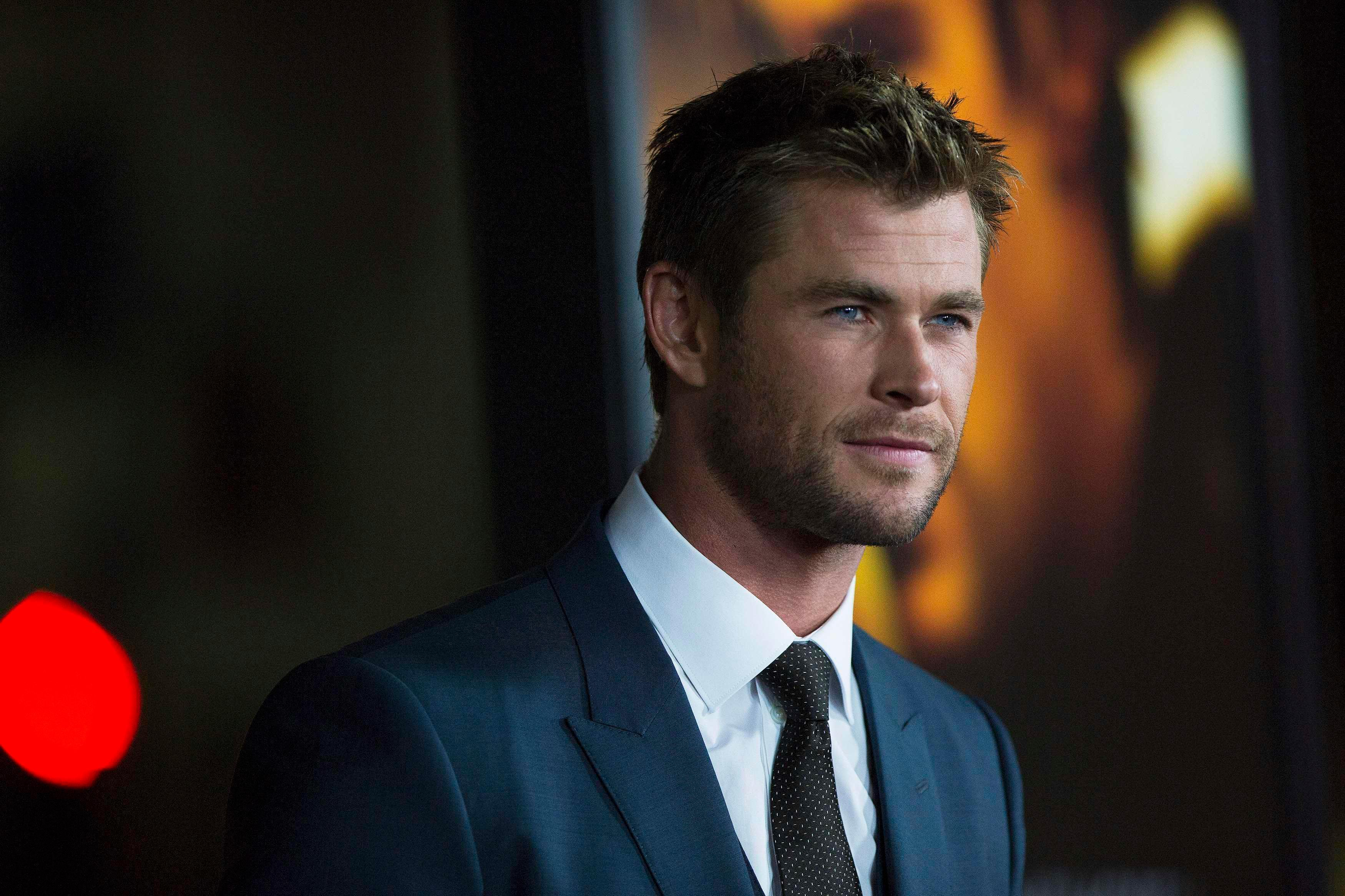 Chris Hemsworth Confronts The Notion Hes Too Good Looking To Play A