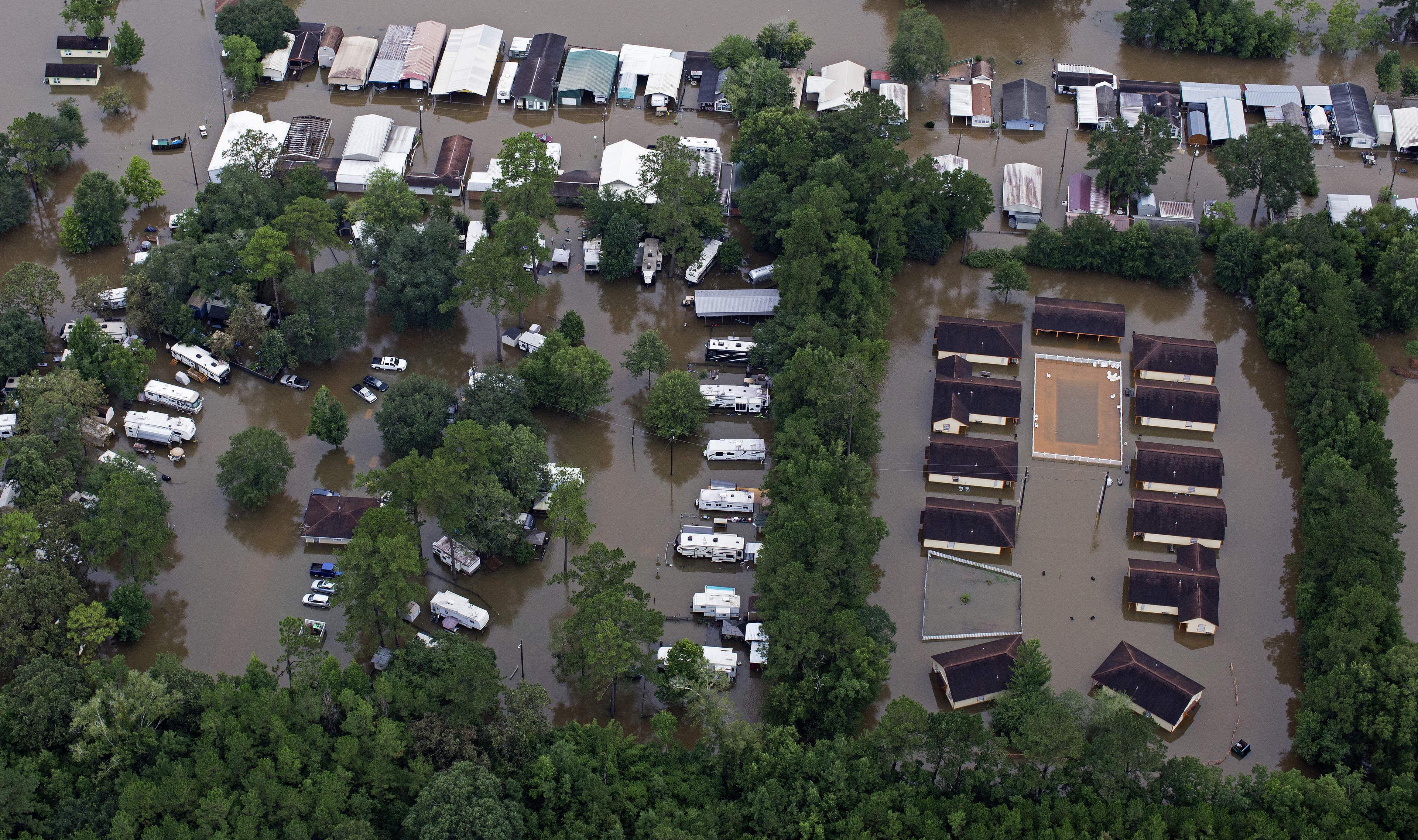 Memories of 2016 flood haunt Baton Rouge ahead of Barry