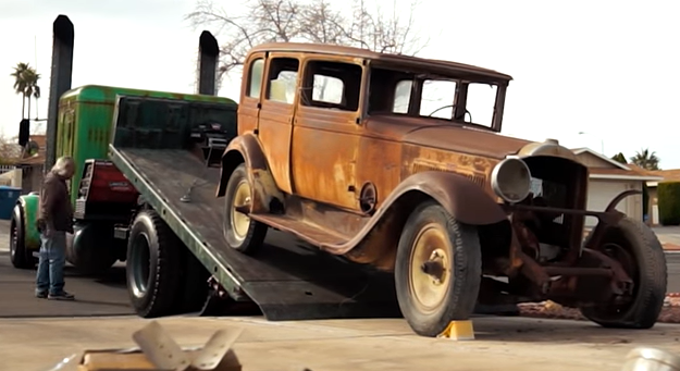 Guy Gets A 1931 Packard For Free