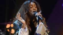 SZA's Vetements Flame Boots Sizzled on the SNL Stage
