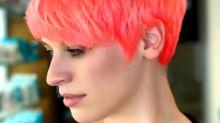 Neon peach, es el color de moda en tu cabello