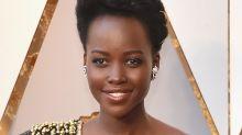 Lupita Nyong'o Wore Gold Strands in Hair at the Oscars 2018