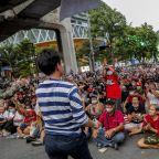Thai protesters rally ahead of parliamentary debate