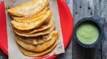 Tacos de canasta: una tradición con instrucciones precisas