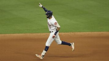 Correa's walk-off HR special for Houston teen