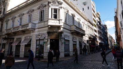 Misión del FMI llega a Argentina el sábado para revisión crucial