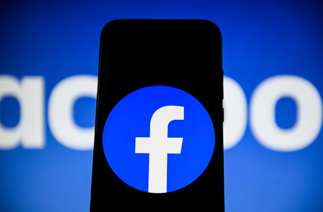 Facebook is losing users in the US and Canada