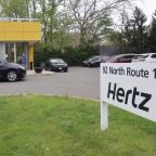 Column: He hasn't smoked in decades. But Hertz is hitting him with a $400 smoking fee