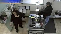 Niles salon robbed in broad daylight