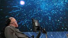 ¿Por qué no han gustado estos tributos a Stephen Hawking?