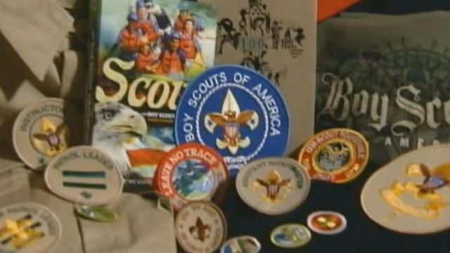 Boy Scouts of America considers altering no-gays policy