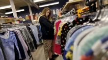 Canadian Retail Sales Fall by 0.1% in September