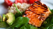 What foods lower blood pressure and make up the DASH diet