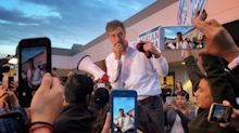 In Texas Senate race, Betomania confronts Trump's mega-MAGA rally for Cruz