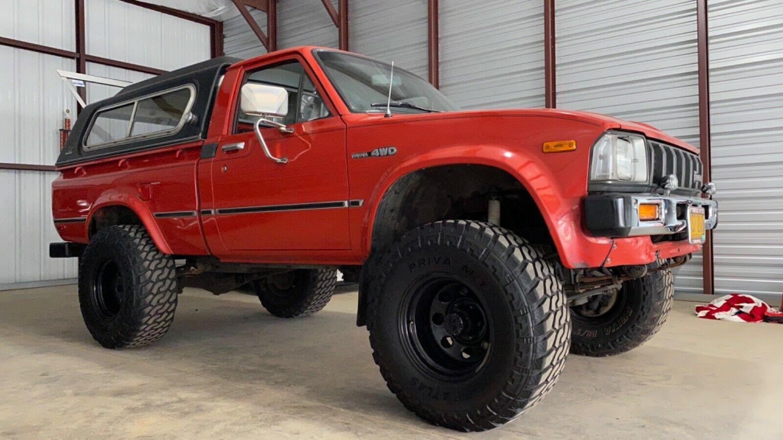 Kelebihan Toyota Hilux 1980 Perbandingan Harga
