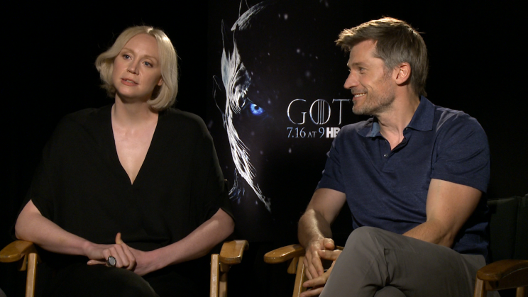 Gwendoline Christie and Nikolaj Coster-Waldau chatting about who Brienne should end up with on 'Game of Thrones' (Photo: Yahoo)