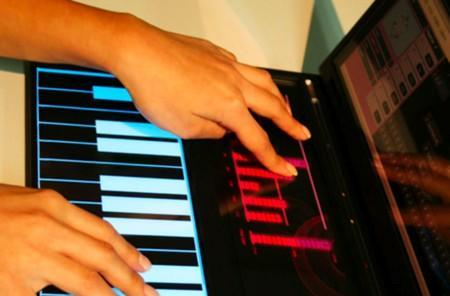 Vivace portable music studio features multitouch interface, loads of style