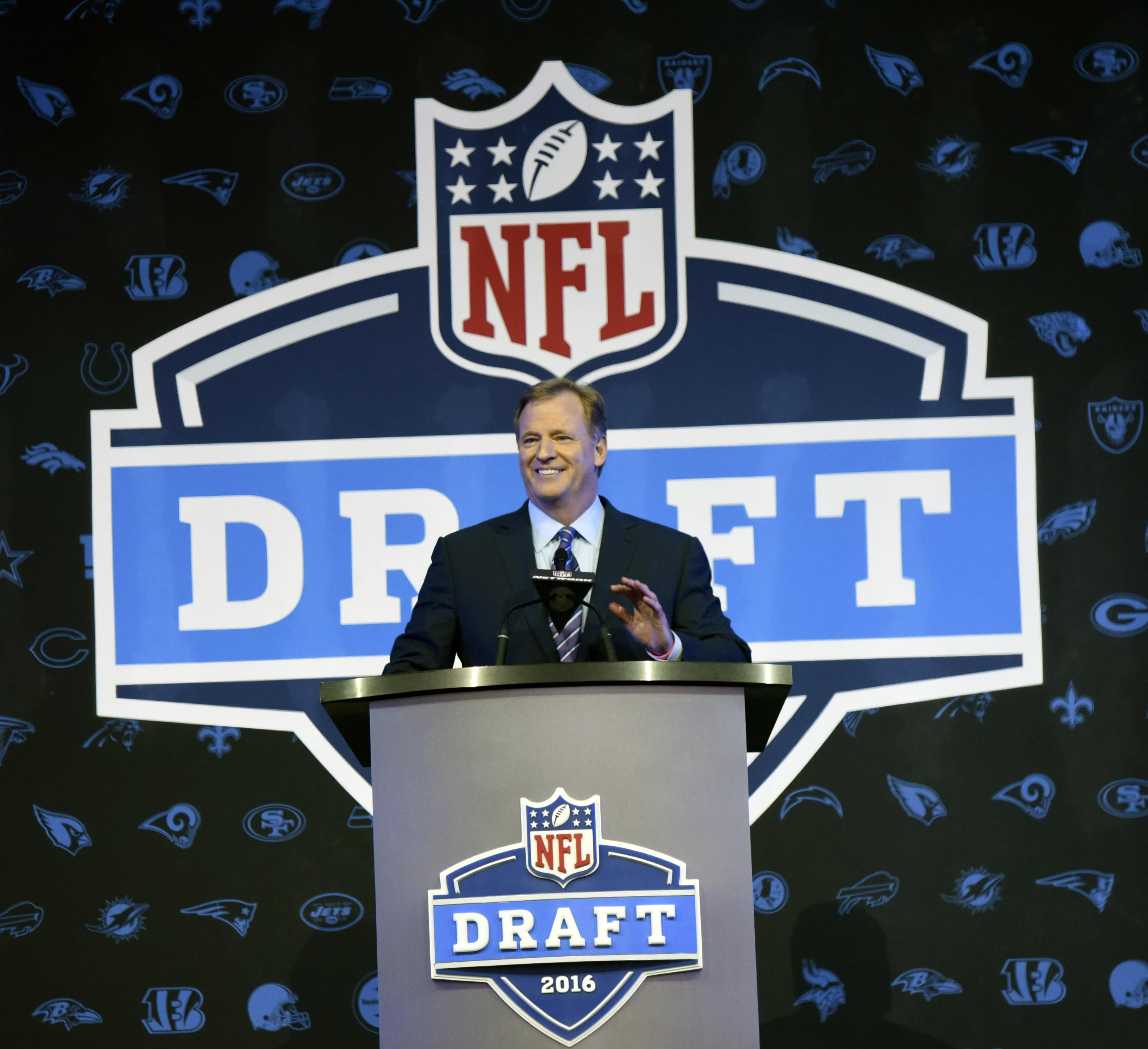 NFL names five finalist cities to host 2019 and 2020 draft weekends