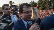 New mayor calls Istanbul rally for 'new beginning'