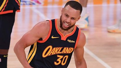 Curry to sign lucrative 4-year Warriors extension