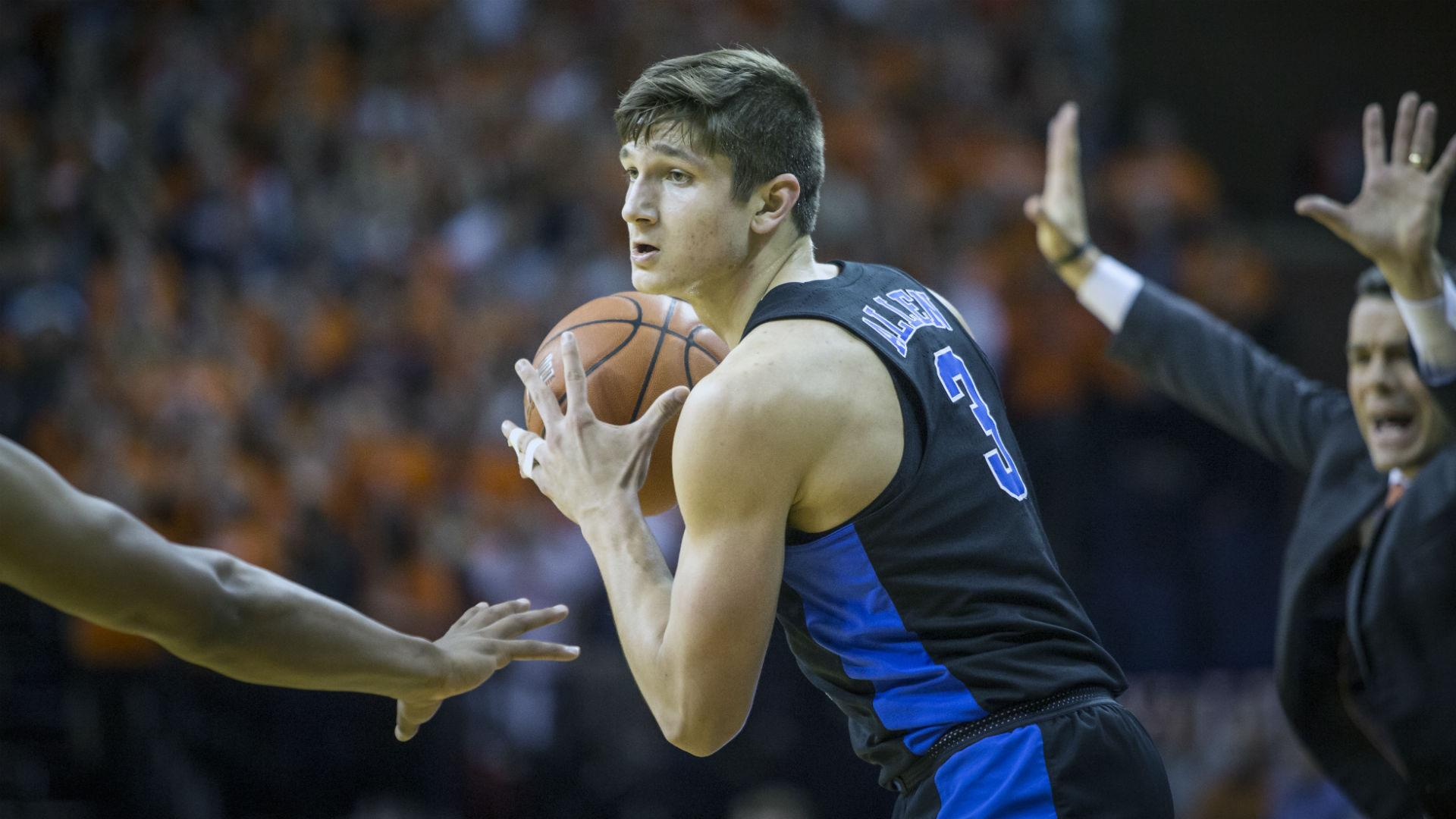 Preseason College Basketball Rankings Duke Tops First Ap