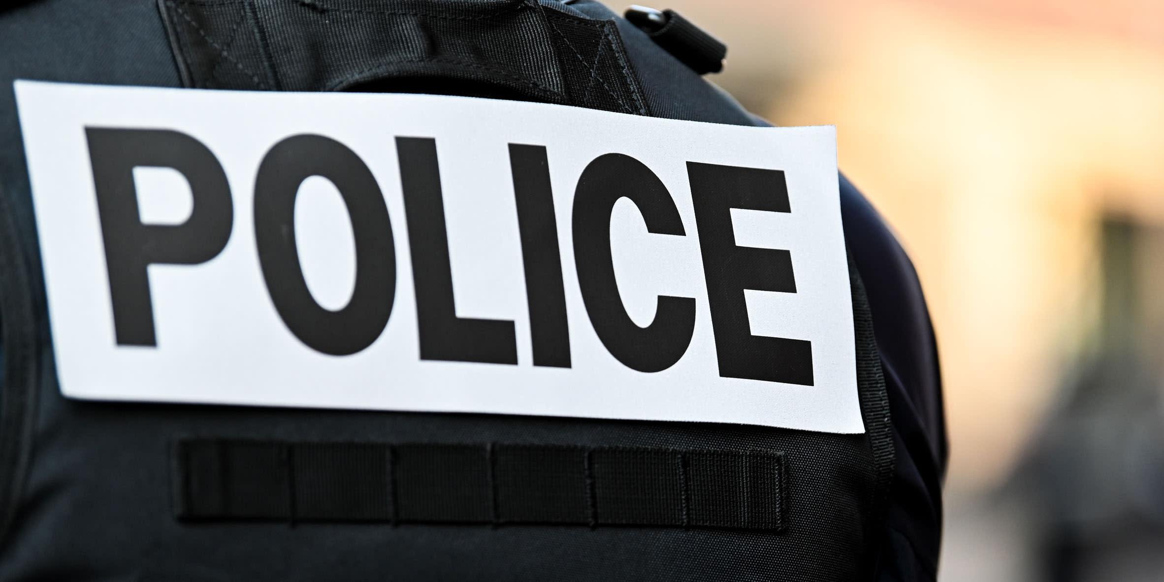Emmanuel Macron annonce une modernisation de l'uniforme des policiers