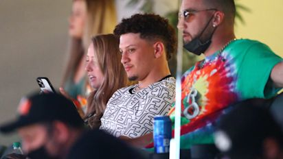 Mahomes joins Sporting KC ownership group