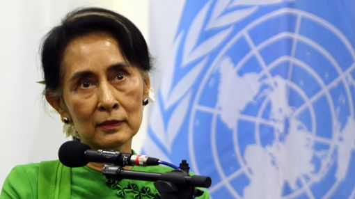 Myanmar holds historic peace talks with ethnic groups