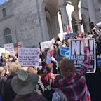 Protests Over Trump`s National Emergency as California Plans to Sue Trump Administration