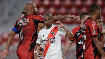 River Plate bate Athletico e avança às quartas de final na Libertadores