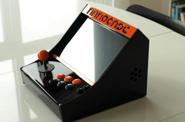 Nanocade turns your netbook into a lap-friendly arcade cabinet