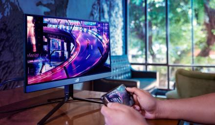 華碩終於將 XG17 可攜電競螢幕在台上市
