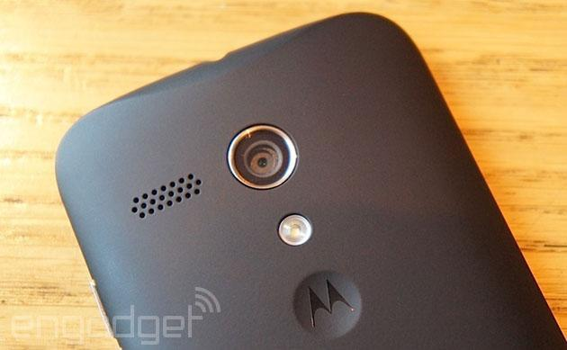 Moto G becomes the first non-Nexus phone in the UK to get Android 4.4 KitKat