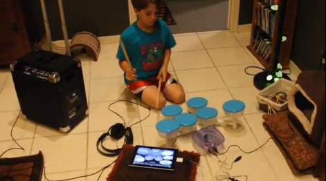 Homemade electronic drum kit uses plastic bowls, serves battery-powered battery