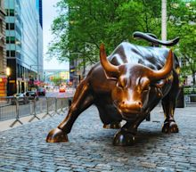 Major Indexes Regain Crucial Milestones: 5 Top Growth Picks