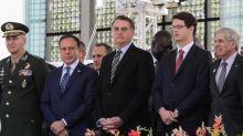 Jair Bolsonaro pode abrir comércio e escolas 'em uma canetada'?