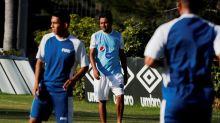 Guatemala viaja con 20 futbolistas para amistoso frente a México el miércoles