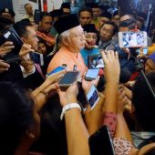 White House calls for Malaysian transparency in wake of fund scandal