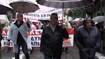 Strike-hit Greece tries for troika deal