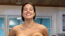 Bagel vor der Brust: Stars, die Essen als BH verwenden