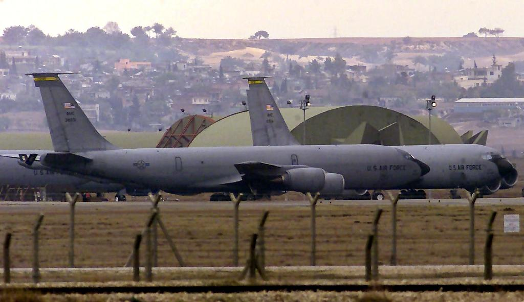 US Air Force tanker planes sit on the tarmac of Incirlik Airbase in southern Turkey (AFP Photo/Tarik Tinazay)
