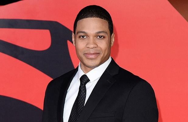 'Justice League' Star Ray Fisher Accuses Warner Bros Execs of 'Blatantly Racist Conversations'