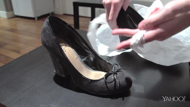 fini les mauvaises odeurs dans vos chaussures vid o. Black Bedroom Furniture Sets. Home Design Ideas