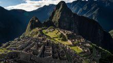 """Machu Picchu: los turistas que serán expulsados de Perú por """"dañar un muro de la ciudadela inca"""""""