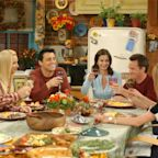 Remember When Brad Pitt Showed Up on That 'Friends' Thanksgiving Episode?