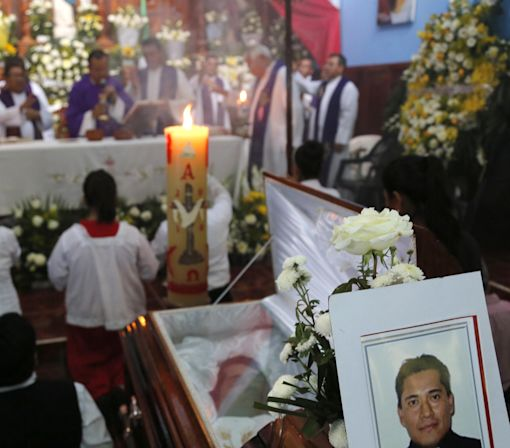 Priest reported kidnapped found slain in western Mexico