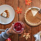 How to Throw a Cheap, Totally Chic Thanksgiving Dinner That Will Blow Away Your Guests