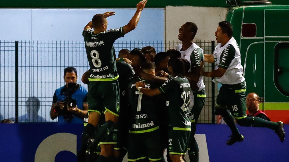 Chapecoense conquistó su primer título después de la tragedia